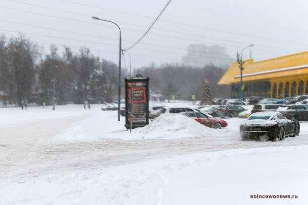 Москва Снегопад, Зима