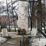 Памятник ВОВ на въезде в Переделкино