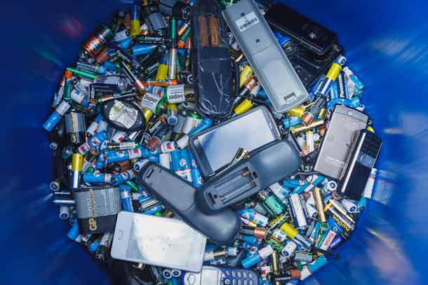 Пульт, батарейка, аккумулятор, мусор