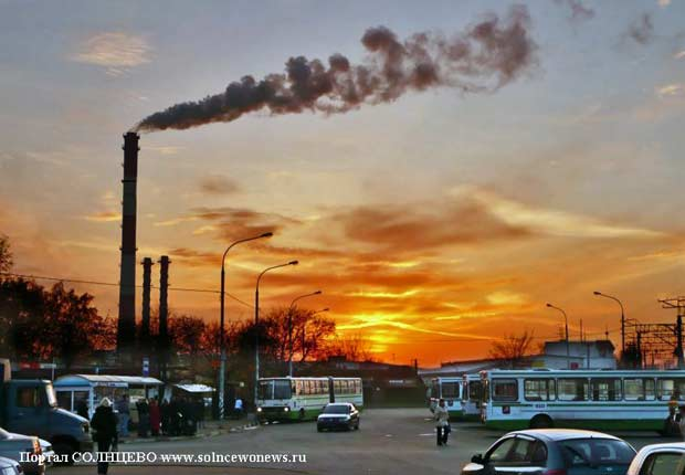 Станция Солнечная, Парковка
