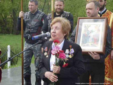 Лиходедова Дина Дмитриевна, женщина, ветеран
