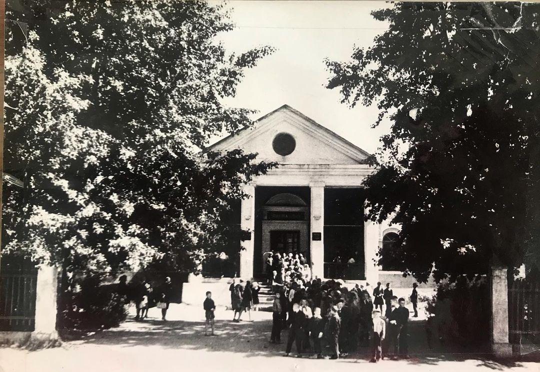 Клуб Строитель на Щорса, старые фото